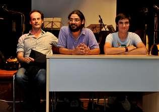 Pensamiento y música se dan la mano en el inicio del encuentro de Filosofía na Costa da Morte