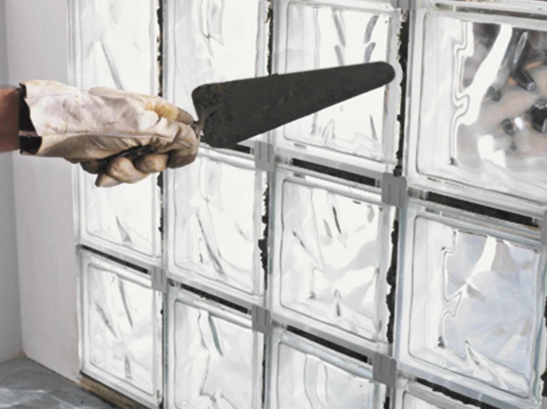Comment Monter Un Mur De Briques De Verre En Pose Traditionnelle Leroy Merlin