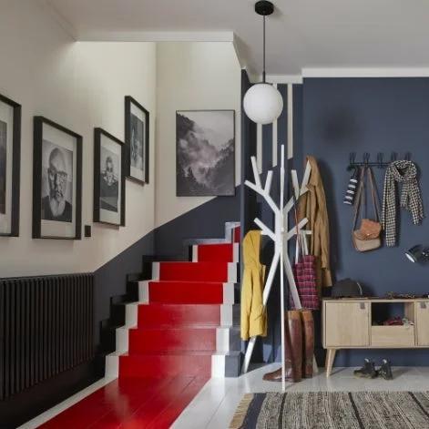 un tapis rouge pour relooker l escalier