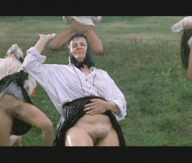 Balkan Erotic Epic Women In The Rain Marina Abramovic 2005 2132