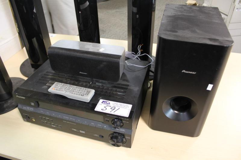 Pioneer Sx 217 Receiver With Surround Speakers