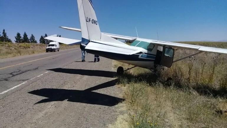 Una avioneta aterrizó de emergencia en la ruta 237