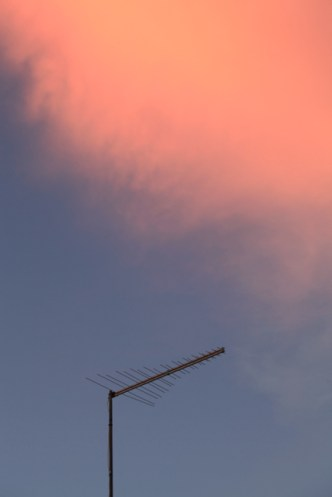rosa-moln-kväll-portugal