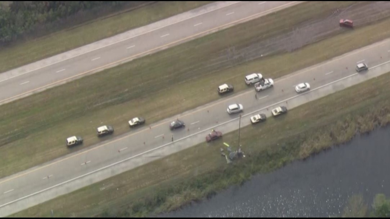 1 Dead 2 Injured In Alligator Alley Crash