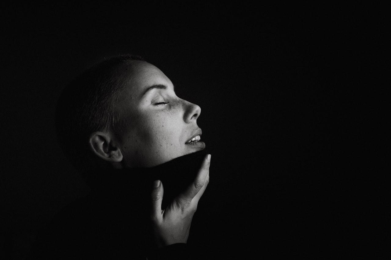 black background photography