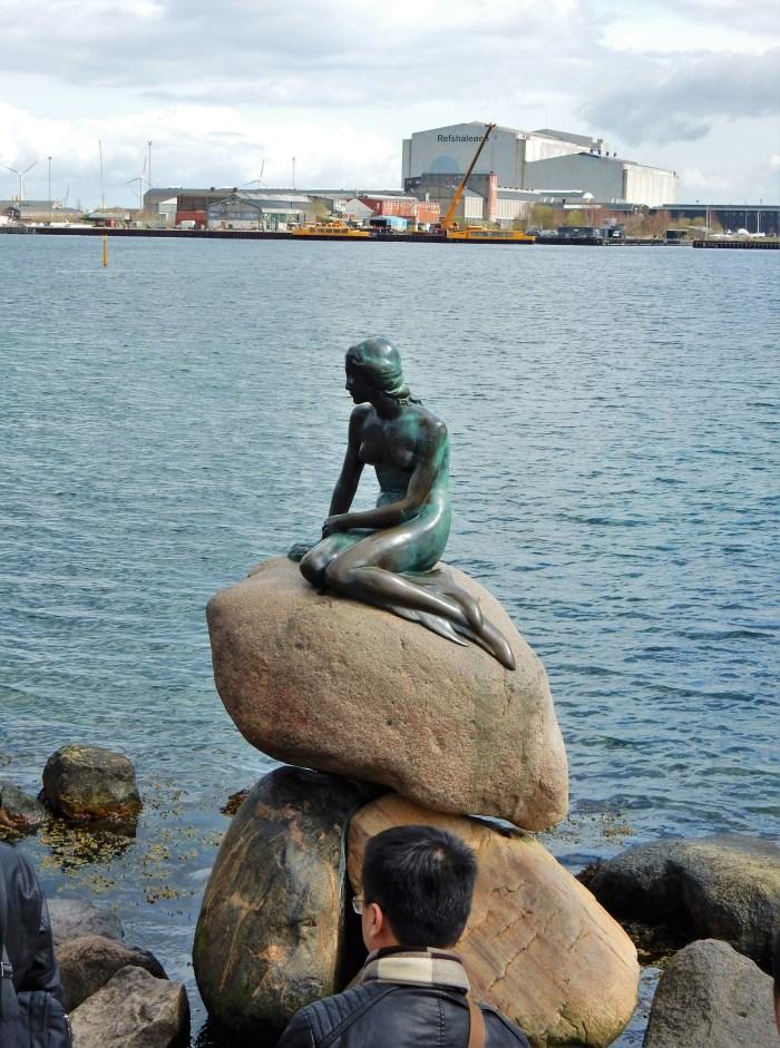 den lille havfrue staty