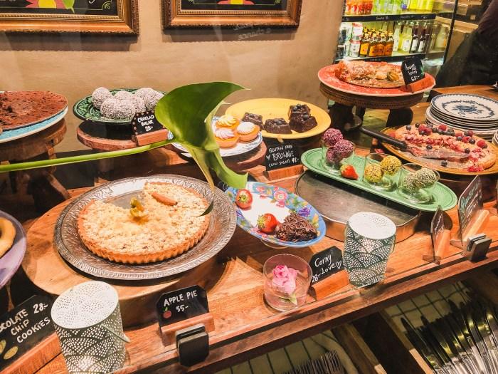 pajer och bullar på hermans cafe i stockholm