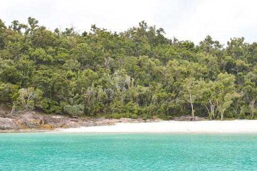 utsikt mot stranden whitehaven beach vid whitsunday islands.