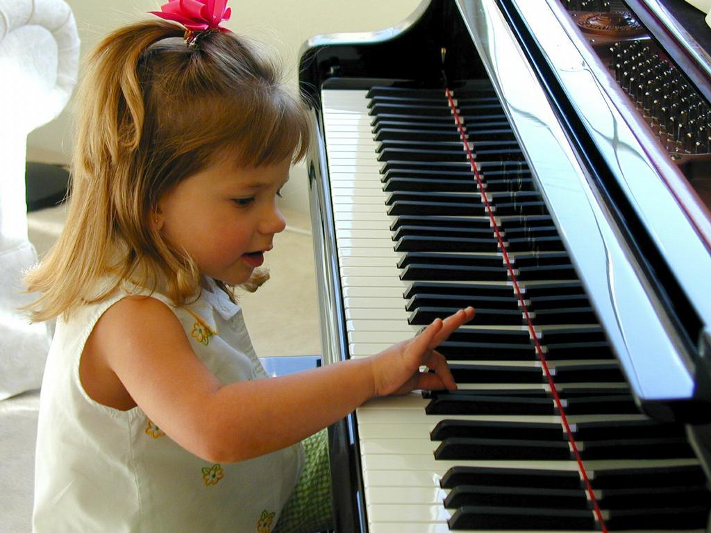 Kaitlyn Piano4 From Preschool Piano Kids In Dublin Ca