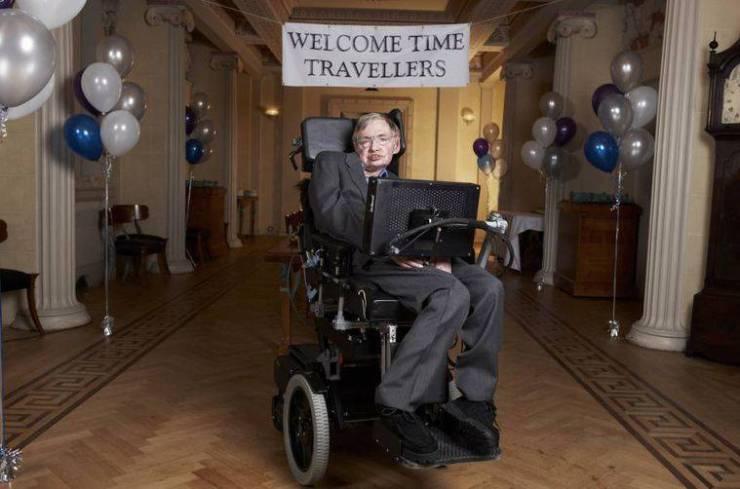 Coronavirus: ventilador utilizado por Stephen Hawking es donado para tratar pacientes con COVID-19