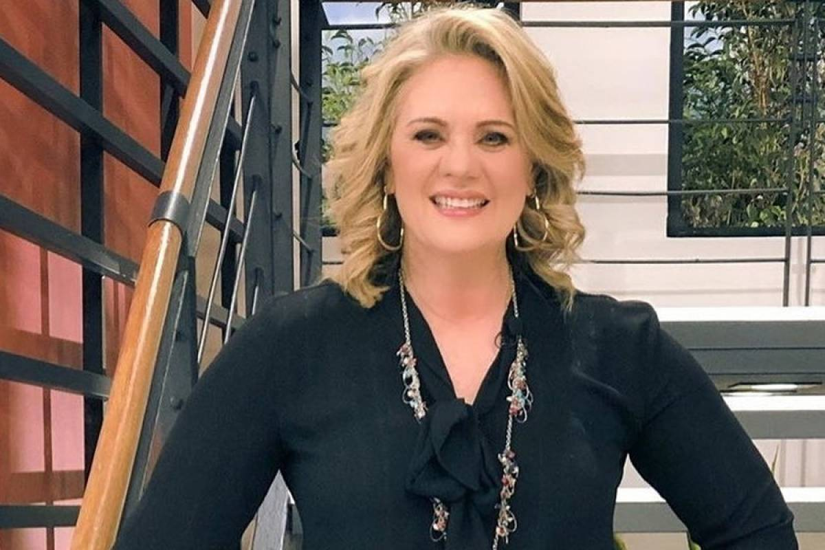 Erika Buenfil Impresses In A Haggard And Makeup Free Photo Archyde