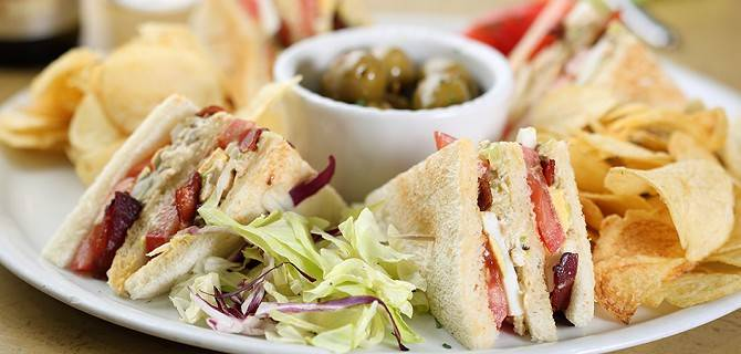 Il club sandwich con chips