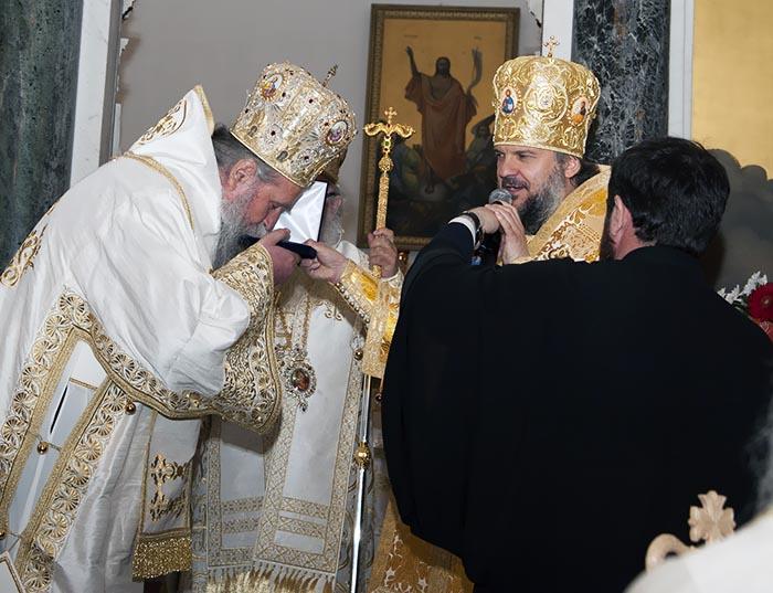 jun-2019-arhijerejska-liturgija-u-niksicu-19