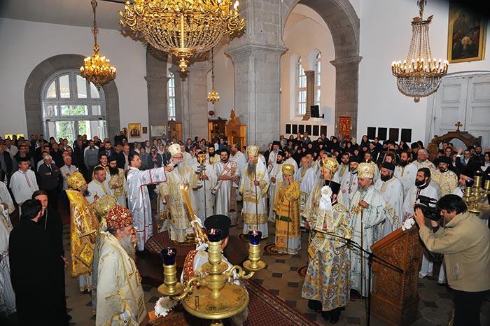jun-2019-arhijerejska-liturgija-u-niksicu-8