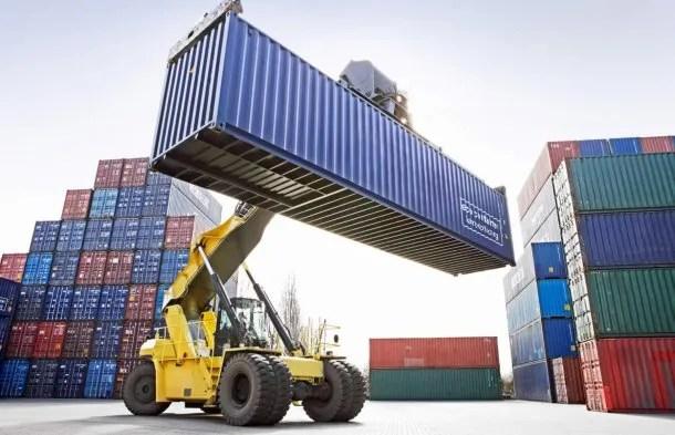 Crecen las importaciones y caen las exportaciones<br>