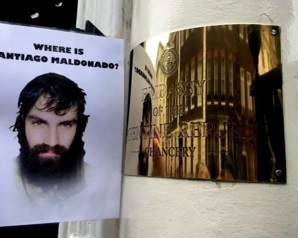 El mundo también se preguntó dónde está Santiago Maldonado, a dos meses de su desaparción