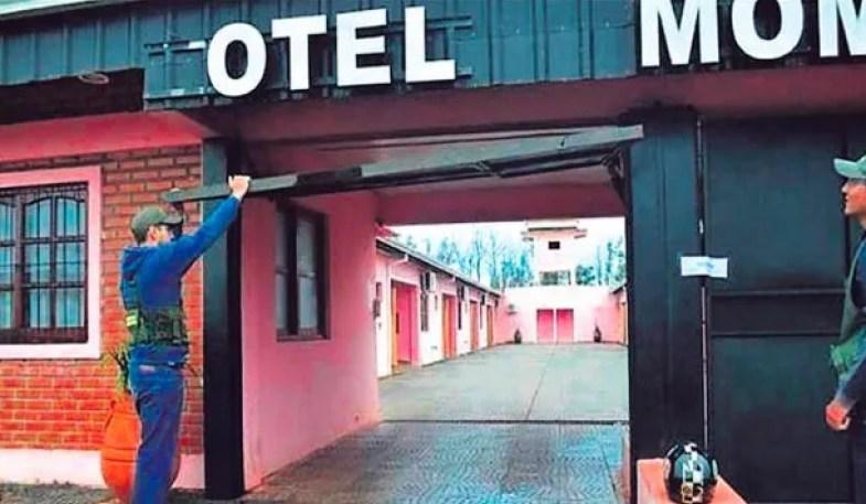 Hotel Momentos<br>