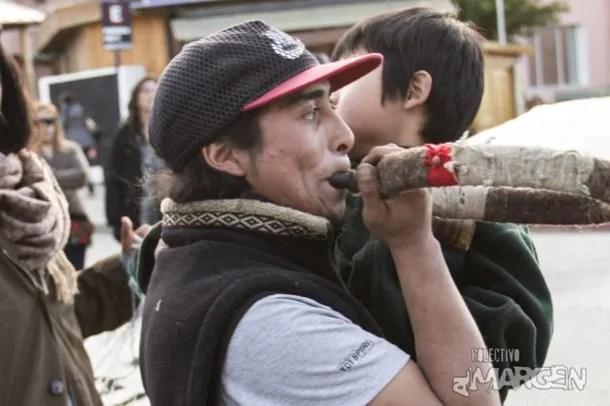 Rafael Nahuel en una manifestación el jueves 23 de noviembre en Bariloche. Foto: Eugenia Neme, Colectivo al Margen.