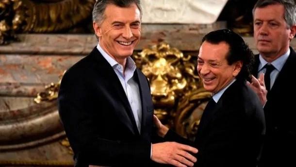 Mauricio Macri y Dante Sica<br data-recalc-dims=