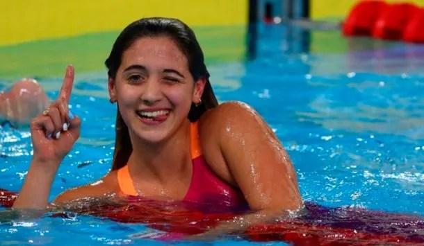 Delfina Pignatiello deslizó que se retiraría de la natación si no la dejaban prepararse para Tokio 2020   Foto: @PrensaCOA