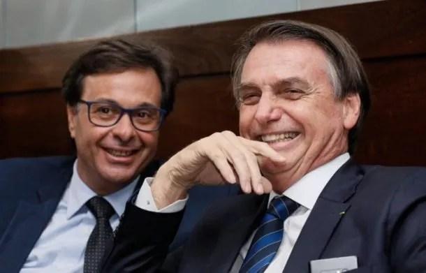 Bolsonaro y el nuevo ministro de Turismo. Foto: Jornal Garopaba