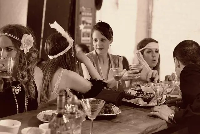 Image of Flapper girls that is representative of social media
