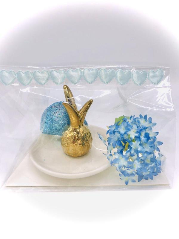 Presentpåse: Smyckeshållare, glitterhjärta och blomma