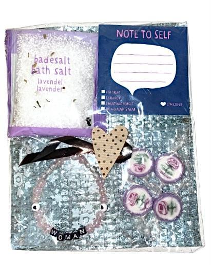 Presentpåse - badsalt, armband m.m