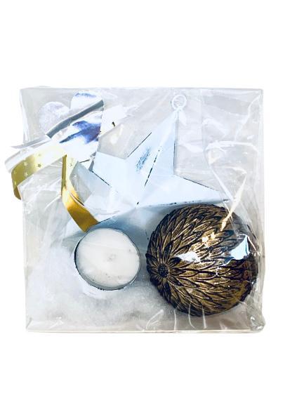 Presentpåse julklapp - ljushållare, dekorationsboll