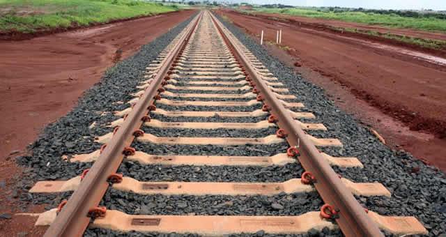 Resultado de imagem para Governo Federal deve retomar as obras da ferrovia Transnordestina
