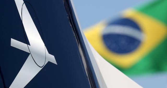 Embraer terá recuperação completa até 2023 (Imagem: REUTERS/Paulo Whitaker)