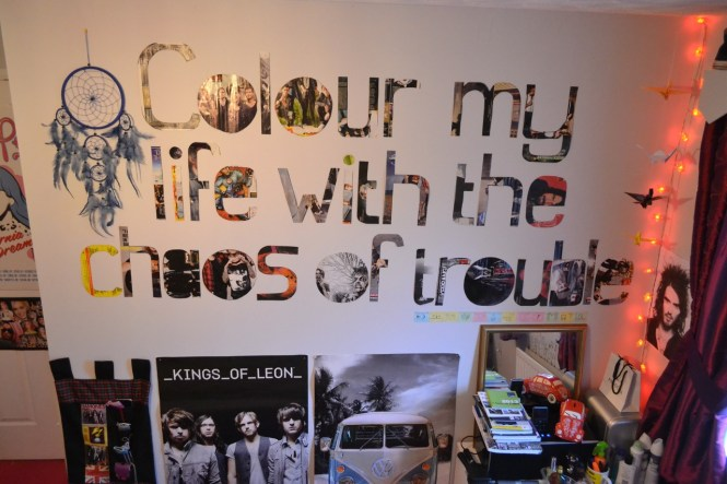 Cute Bedroom Wall Quotes Tumblr Love Add A Favorite Quote You Like With Cutting Magazines Into Letters An Taping It On The