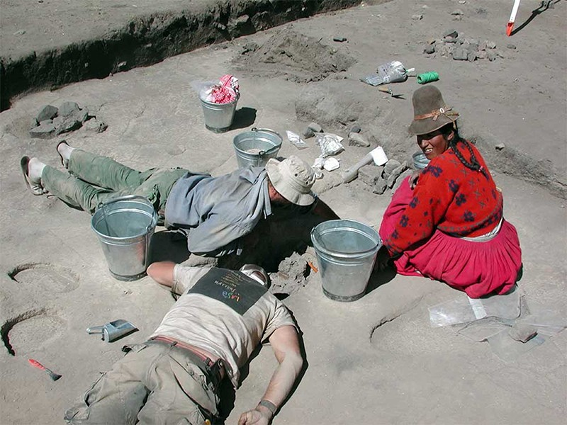 Excavators at Jiskairumoko