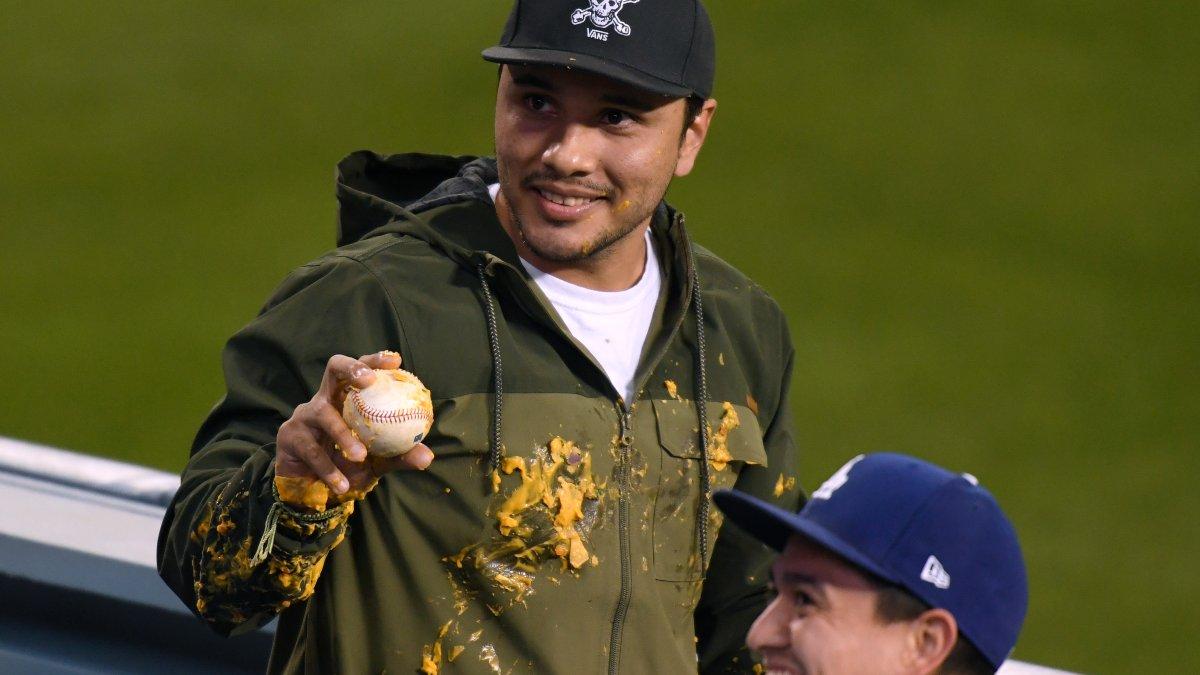 Nacho, Nacho Fan: Justin Turner Home Run Ball Splatters Fan With Nacho Cheese