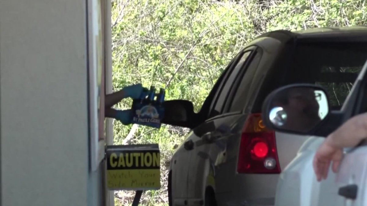 Abbott Signs Bill Permitting Alcohol To-Go in Texas