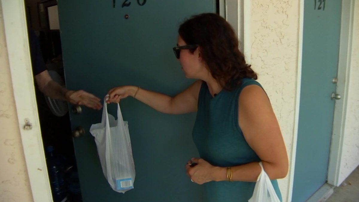 Meals On Wheels Volunteers Pay Close Attention to Residents' Well-Being As Temperatures Rise