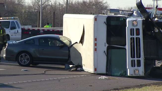 Multiple Injuries After East Fort Worth Truck Crash