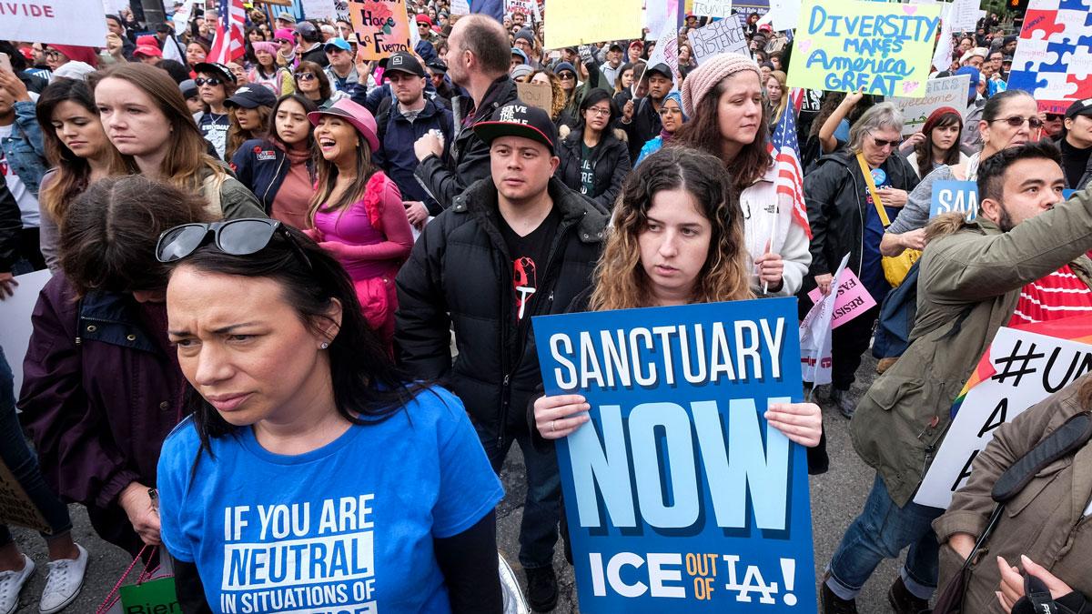 Justice Department Asks Supreme Court to Dismiss 'Sanctuary City' Immigration Suits 1