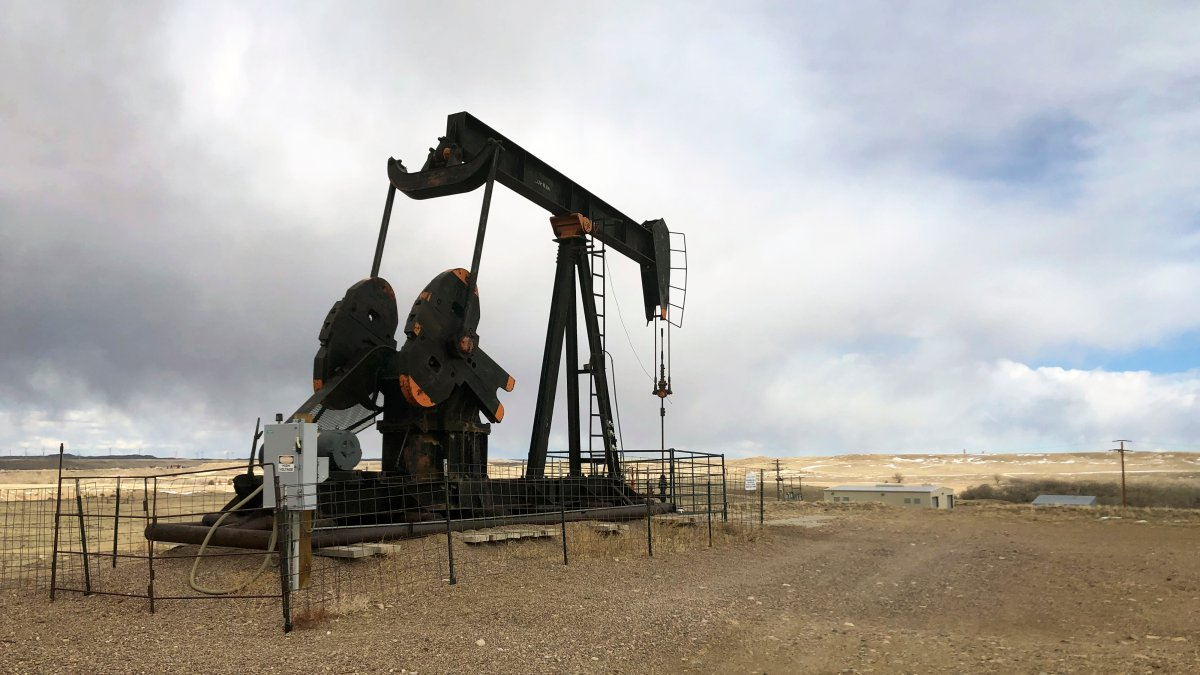 Federal Judge Blocks Biden's Pause on New Oil, Gas Leases 1