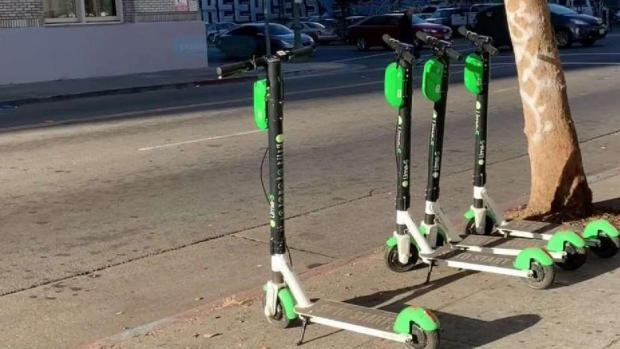 Los niños y adultos (LA) se lesionan en scooters eléctricos, dice el estudio