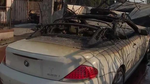 (LA) Residente describe la devastación en el vecindario de Porter Ranch