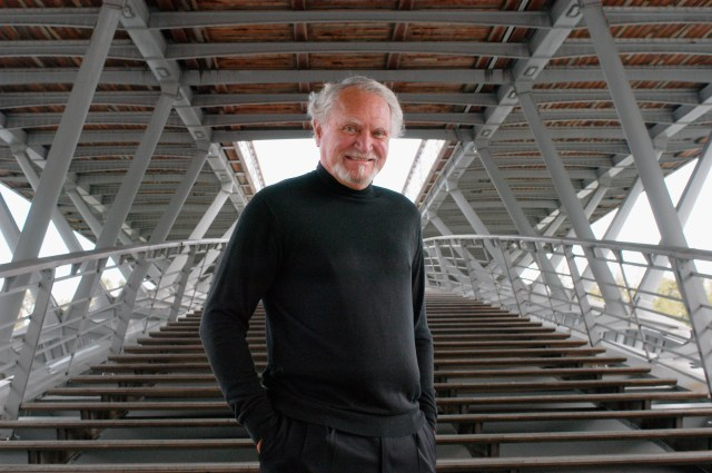 GettyImages-56513771 Clive Cussler, Million-selling Adventure Writer, Dies at 88