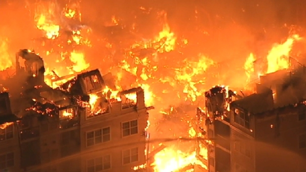 [NY] Chopper 4 Captures Hours of Fire in Under 4 Minutes