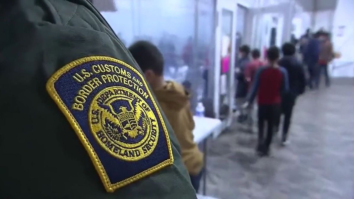 Border Patrol Tent Facility in Texas Evacuated by Storm