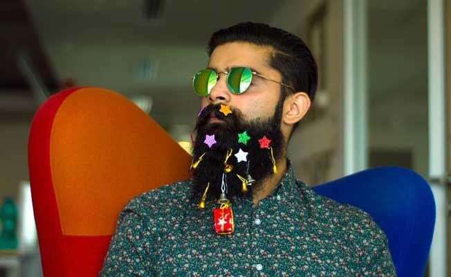 We-Tried-Some-Of-The-Craziest-Beard-Trends,-And-This-Is-What-Happened