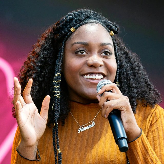 "Black women in hip hop On the Hypnotic ""Room 25,"" Noname Comes of Age 