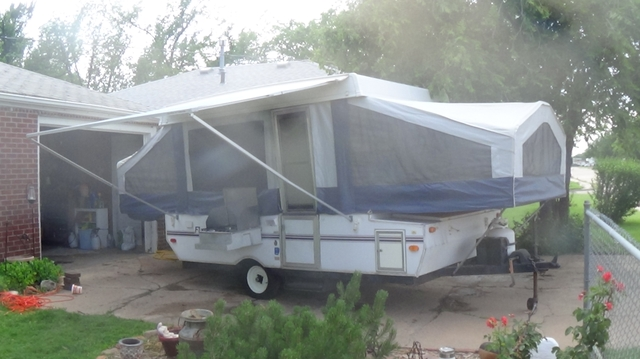 1999 flagstaff pop up tent trailer