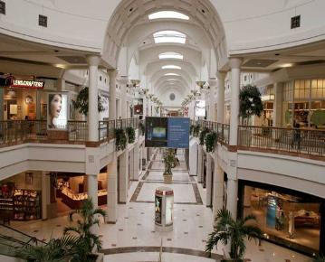 Menlo Park Mall To Remain Closed On Monday August 29 Due