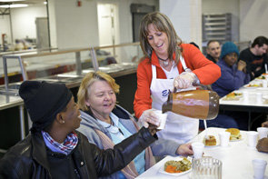 Soup Kitchen Kitchens Hunger In America 1 7 Rely On Food