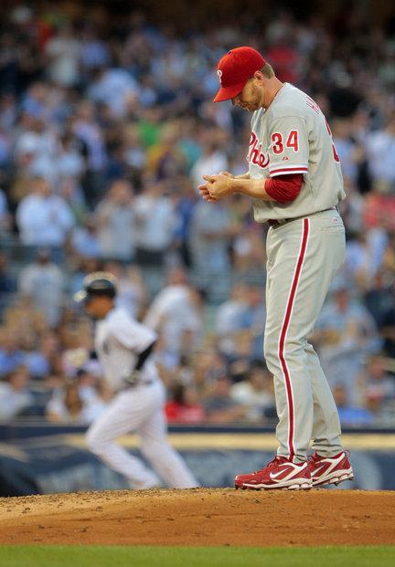Roy Halladay Yankees Phillies reax home run